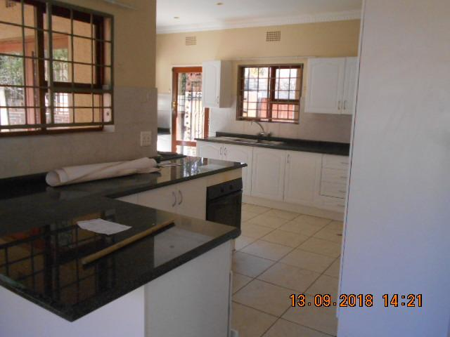 Property For Sale in Northcliff, Johannesburg 6