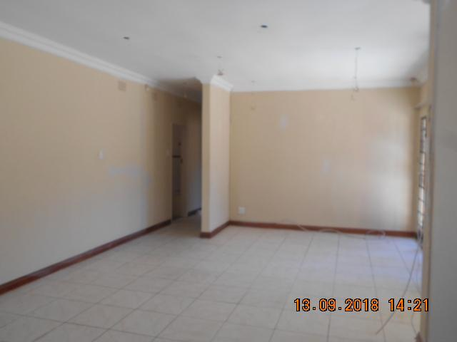 House For Sale in Northcliff, Johannesburg